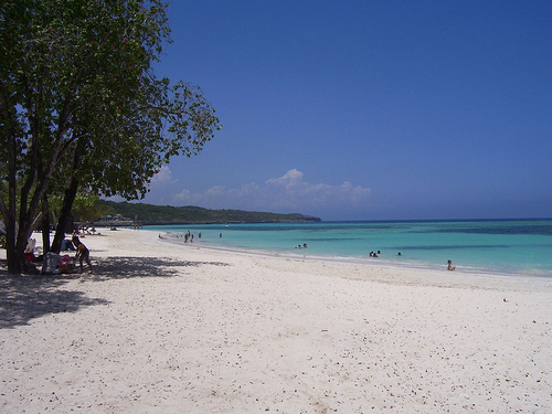 Touristic attractions of Cuba : Guardalavaca Beach