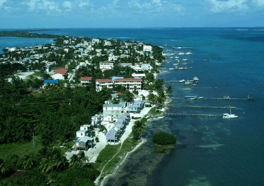 Touristic attractions of Belize : Caye Caulker limestone coral island