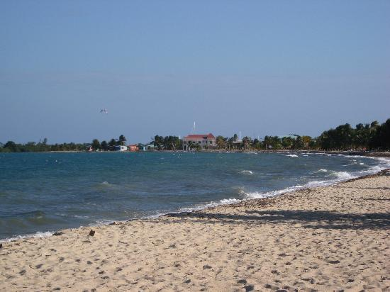 Touristic attractions of Belize : Placencia beach
