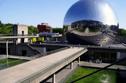 Touristic attractions of France : La Villette science museum