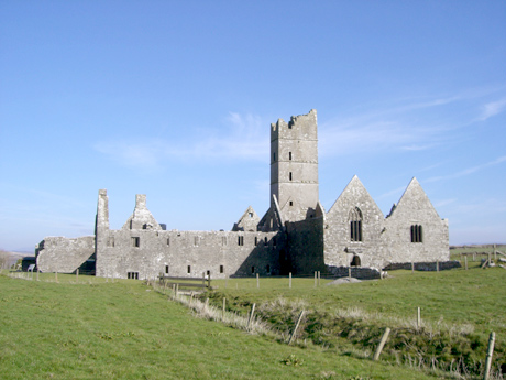 Touristic attractions of Ireland : Moyne Abbey, Ballina