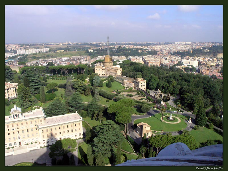 Touristic attractions of Italy : The Vatican Gardens