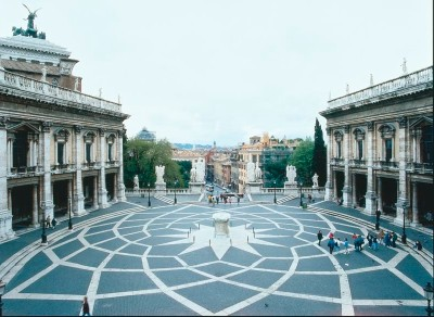 Touristic attractions of Italy : Piazza Campidoglio