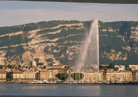 Touristic attractions of Switzerland : Geneva Jet D'eau