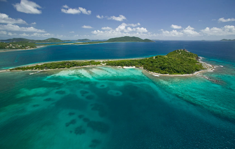 Touristic attractions of The Caribbean : Sir Frances Drake Channel, British Virgin Islands