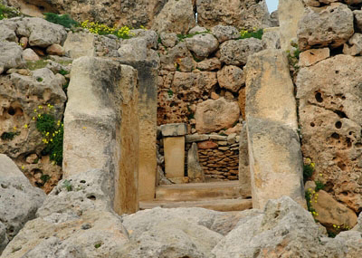 Touristic attractions of Malta : Ggantija (Place of Giants), Xaghra