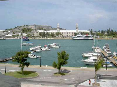 Touristic attractions of Bermuda : Royal Naval Dockyard