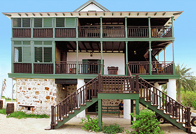 Touristic attractions of Cayman Islands : Pedro's Castle St James Historic Site